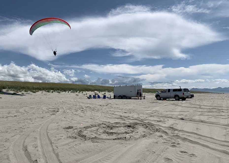 Discover Paragliding on Sunset Beach
